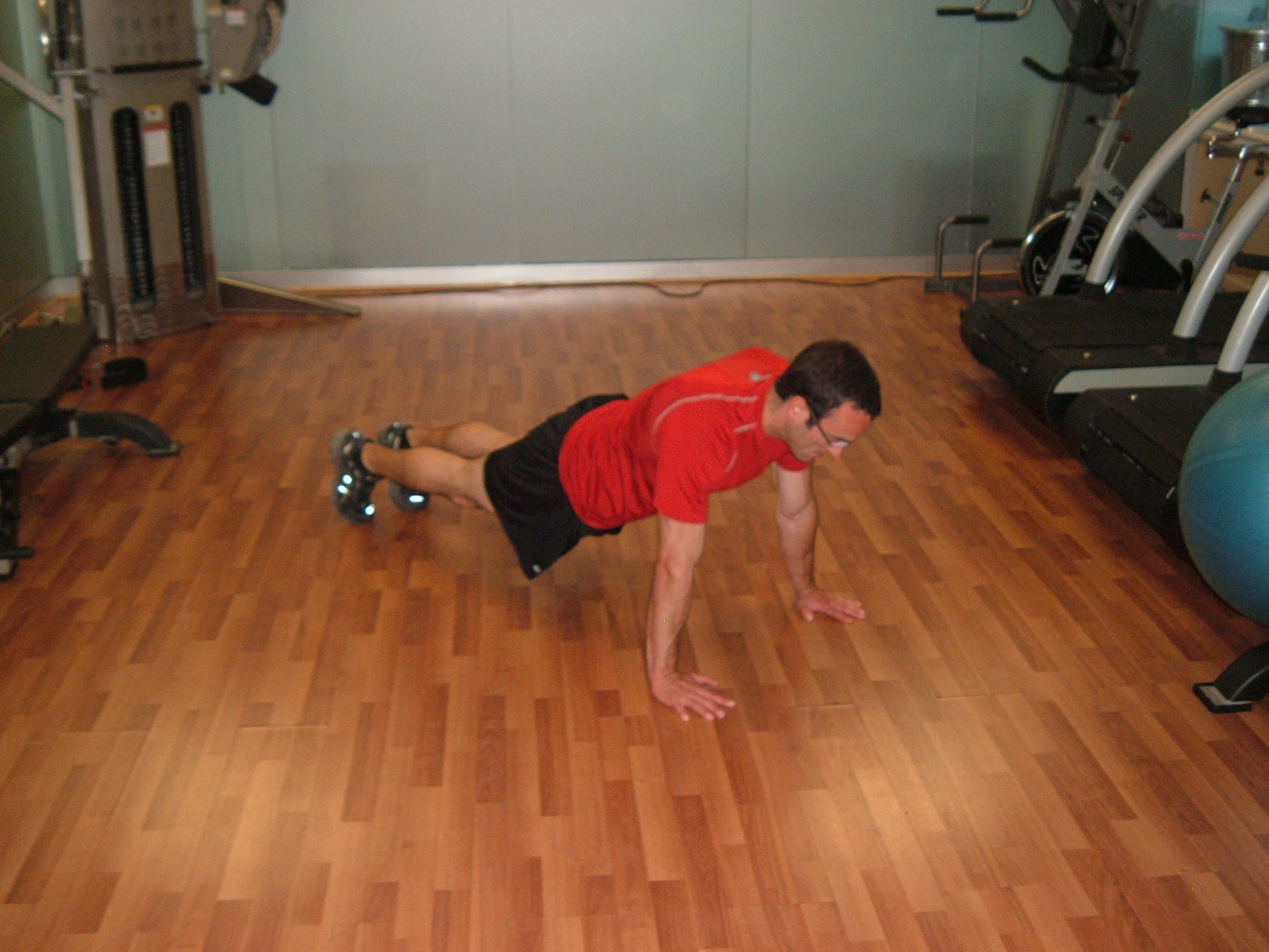 spiderman pushups - good core exercise
